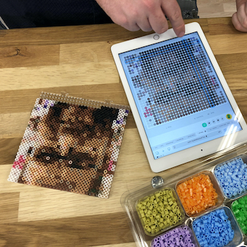 Using PhotoPearls webb application to make beaded pixel art